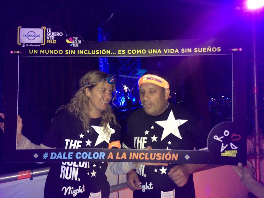 Corpaliv participó en The Color Run Night 2016 2